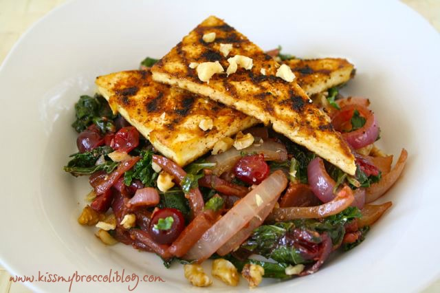 Caramelized Onion, Cranberry & Kale Saute with Tofu