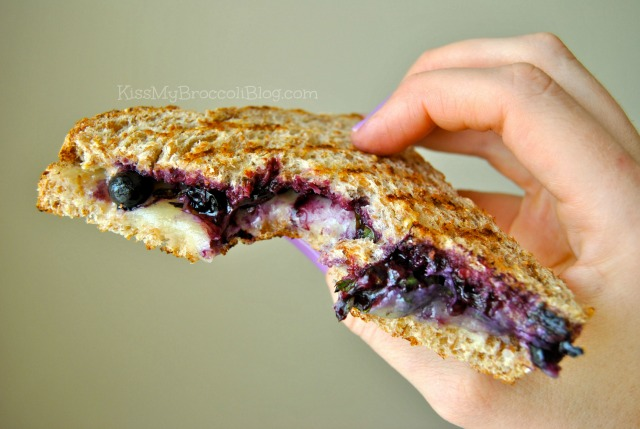 Blueberry Basil Grilled Cheese Bite