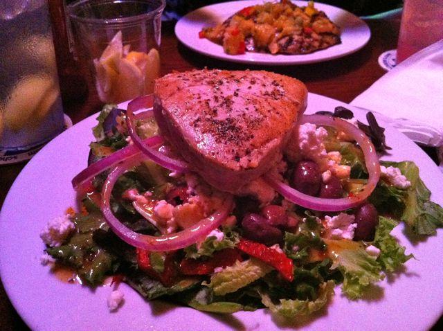 Schooner's Seared Tuna Salad
