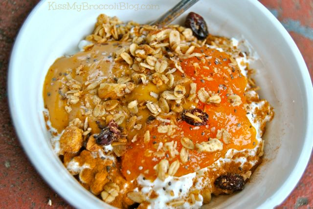 Yogurt with Peanut Butter Persimmon & Granola