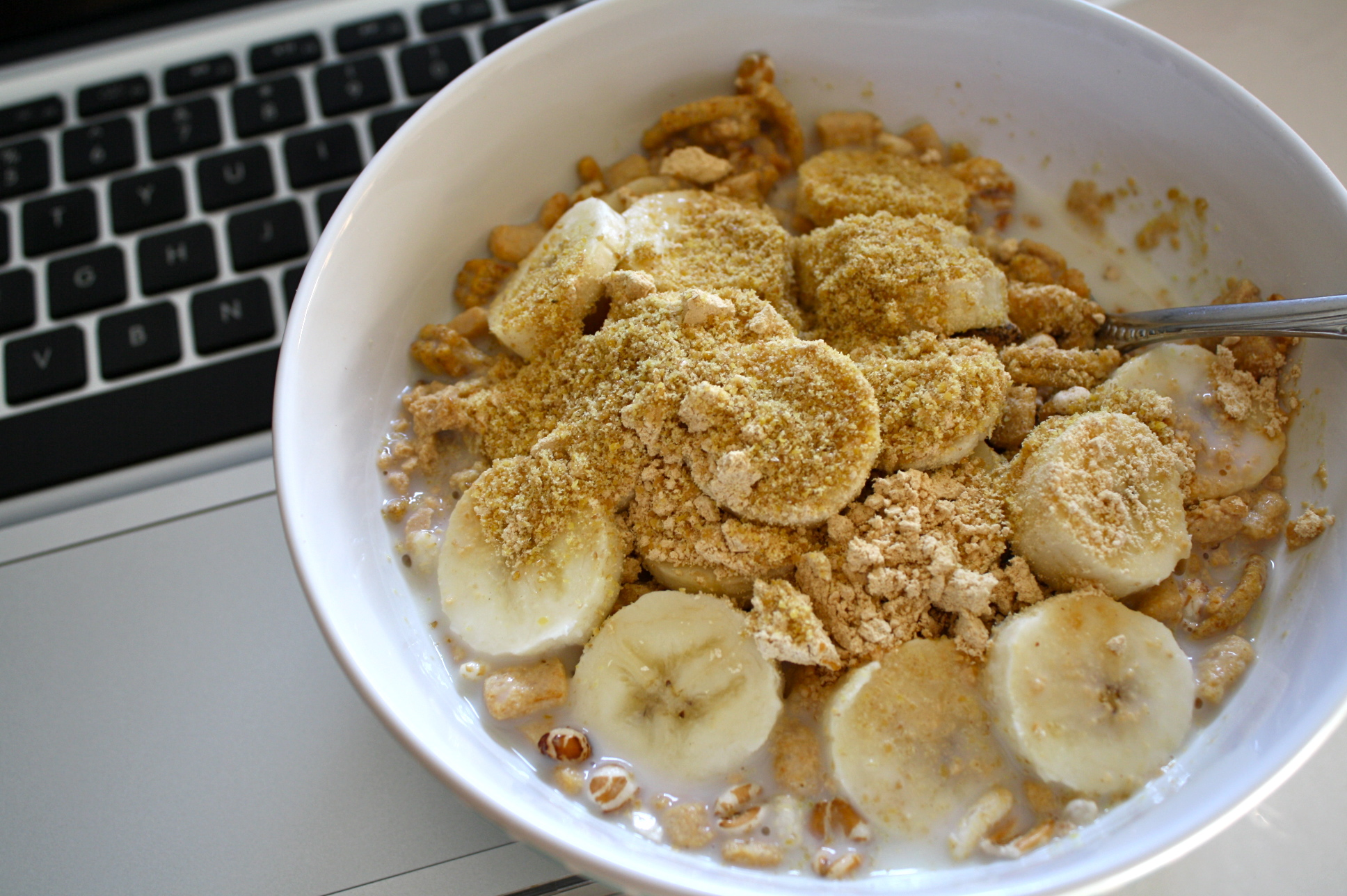Cereal with Peanut Flour & Bananas
