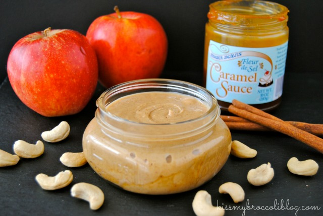 Caramel Apple Cashew Butter by @kissmybroccoli Get the recipe now at www.kissmybroccoliblog.com!