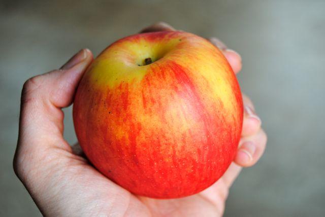 Lady Alice Apple