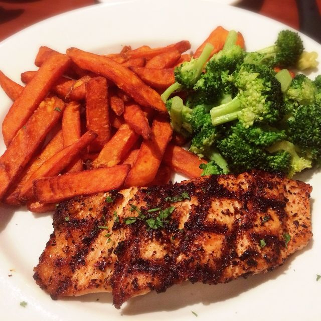 Sweet Potato Fries, Salmon, & Broccoli