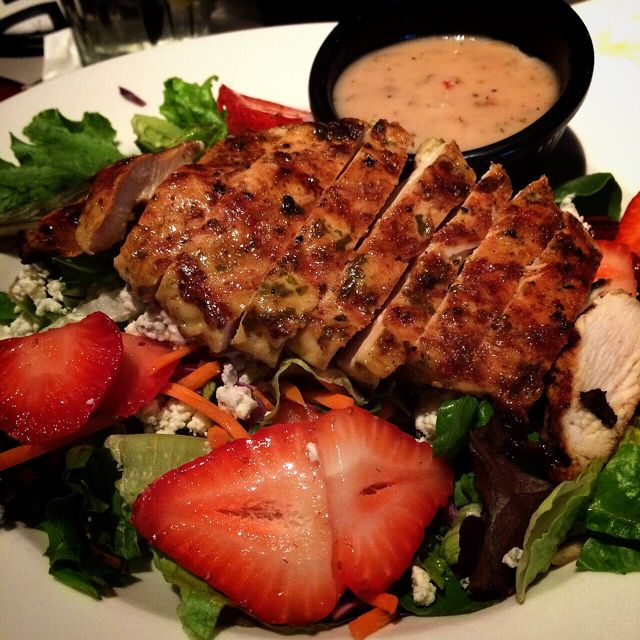 Liberty Park Grille - Strawberry Chicken Salad
