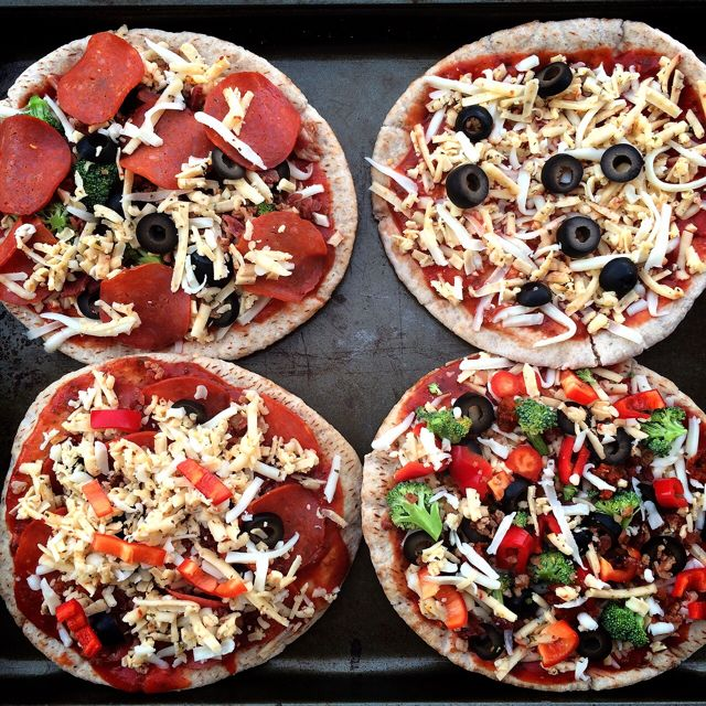 Personalized Pita Pizzas